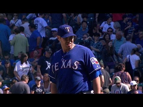 TEX@SEA: Lewis goes the distance, striking out seven
