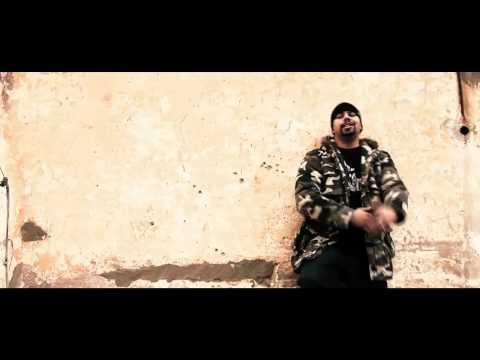 Chaht man Feat. Muslim - Fin 7a9na