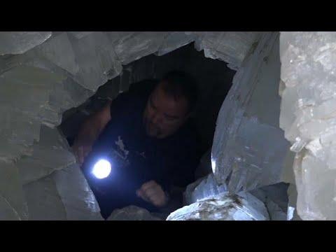 Μια παραμυθένια κρυστάλλινη σπηλιά