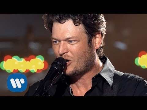 Blake Shelton – Kiss My Country Ass (Official Video)