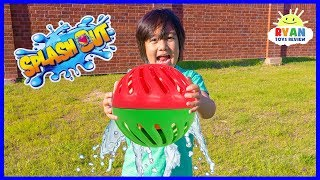 Video Don't Get Soaked Family Fun Activities with Splash Out!!! MP3, 3GP, MP4, WEBM, AVI, FLV April 2019