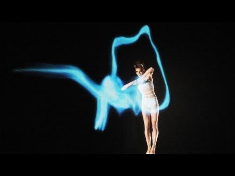 Dancing with light | Quixotic Fusion