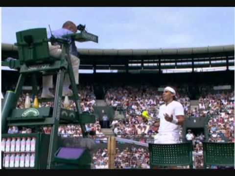 Rafael Nadal argues with the Umpire