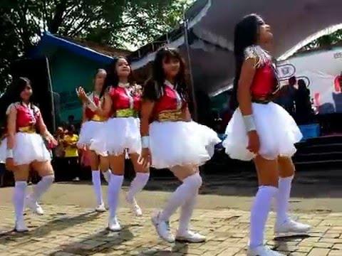 Video SMADA Dancer , Expo 2K16 SMAN 2 NGANJUK download in MP3, 3GP, MP4, WEBM, AVI, FLV January 2017