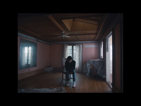 Alec Benjamin - Let Me Down Slowly (feat. Alessia Cara) [Official Music Video] - Thời lượng: 2 phút, 51 giây.