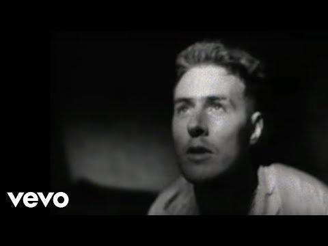 Tekst piosenki Massive Attack - Safe From Harm po polsku