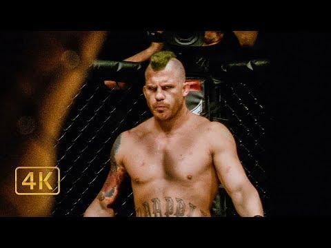 "Tommy Conlon vs ""Mad Dog"" Grimes. Semi-final bout in the tournament."