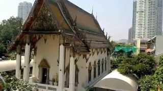 バンコク市内観光ワットヤーンナーワー