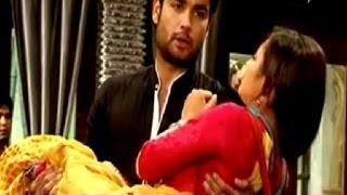 Download Video RK & Madhubala Scene - RK goes crazy on the sets of Madhubala Ek Ishq Ek Junoon MP3 3GP MP4