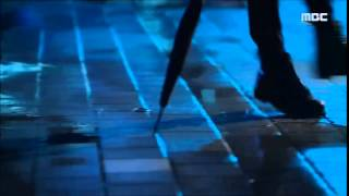 SIWON SINGING IN THE RAIN (reupload)