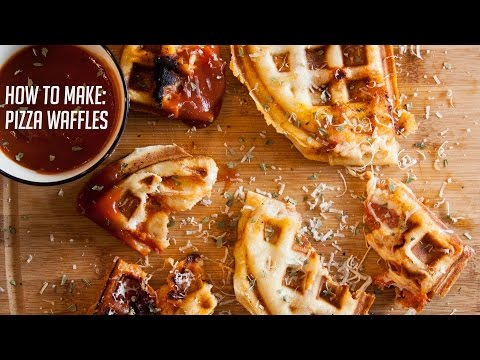 FOOD DREAM Moment: PIZZA WAFFLES?!?
