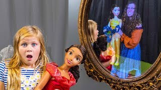 ASSISTANT Spooky Magic Mirror with Elena of Avalor + Belle Disney Princesses Spooky Toys Video
