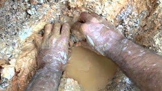 Video Diamond Hill Mine Documented Crystal Pocket Dec. 2015 MP3, 3GP, MP4, WEBM, AVI, FLV April 2019