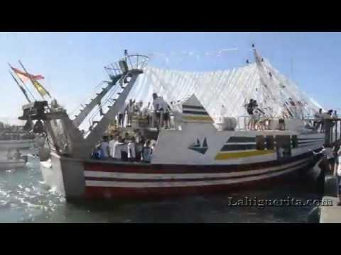 Embarco y desembarco de la Virgen del Mar 2016 de la Punta del Caimán