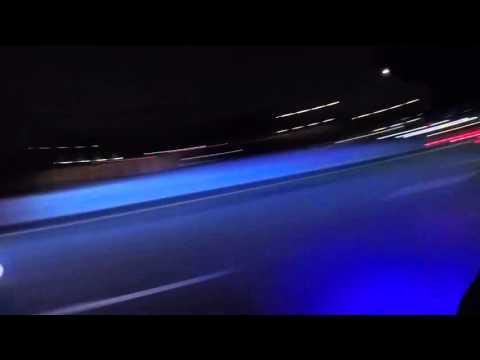Autoilija menettää hermonsa moottoripyöräilijöiden kanssa – Hurjaa liikenneraivoa