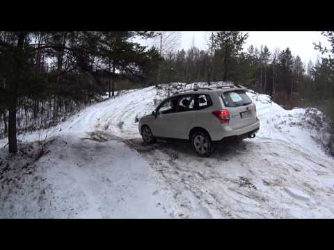 Subaru Outback vs Forester 4x4 Off road Snow Forest Quarry (видео)