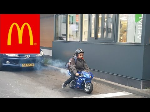MY NEW MOTORBIKE - YAMAHA R1 - Thời lượng: 9 phút, 6 giây.