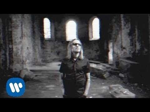 Tekst piosenki Video - Kryzysowy po polsku