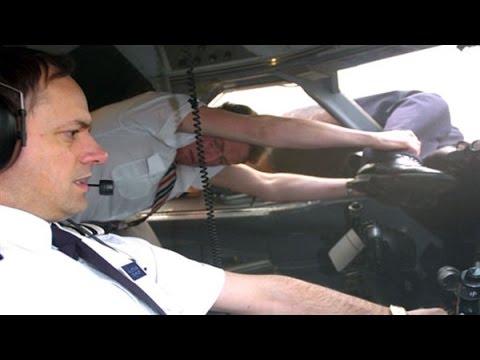 Air Crash Investigation: Blowout (S02E01) HD
