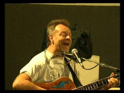 León Gieco video Un pobre agujero - En vivo 2000