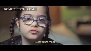 Suscríbete al canal: http://smarturl.it/RomeReportsESPVisita nuestra web: http://www.romereports.com/esSuscríbete a nuestra newsletter: http://bit.ly/1RLUQBzSíguenos en Facebook https://www.facebook.com/RomeReportsESPEn Francia el 96% de embarazos con síndrome de Down terminan en aborto.---------------------Para difusión del vídeo: sales@romereports.comROME REPORTS es una Agencia de Noticias para TV, internacional e independiente, especializada en la actividad del Papa, la vida del Vaticano y los debates de actualidad sobre temas sociales, culturales o religiosos.  Informar sobre la Iglesia Católica requiere cercanía a las fuentes, conocimiento en profundidad de la Institución, y elevados niveles de creatividad y competencia técnica.ROME REPORTS informa directamente al público y cubre las necesidades de las emisoras mediante noticias diarias, programas informativos semanales y documentales especializados.---------------------Visítanos en...Nuestra WEB http://es.romereports.com/FACEBOOK https://www.facebook.com/RomeReportsESPTWITTER https://twitter.com/romereports