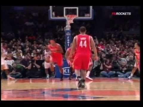 Alleyoop! Rockets Ish Smith to rocketing Courtney Lee