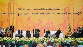 Agosto 12 de 2015: Tertulia con el Prelado del Opus Dei en Plaza Mayor - Medellín