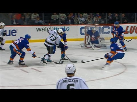 Video: Toffoli dekes through Islanders' penalty kill, snipes for Kings