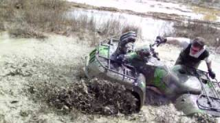 9. big ass Arctic Cat 400 4x4 in MS