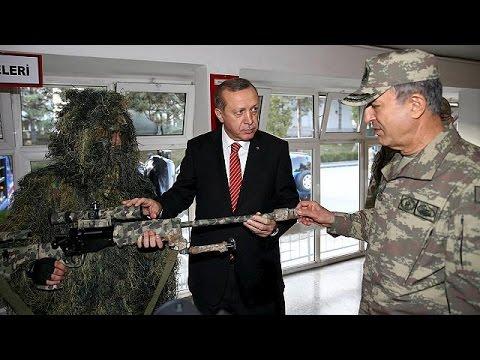 «Όχι» από Ερντογάν στη διακοπή των επιχειρήσεων κατά των Κούρδων στη βόρεια Συρία