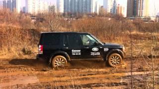 Land Rover Discovery 4в грязи