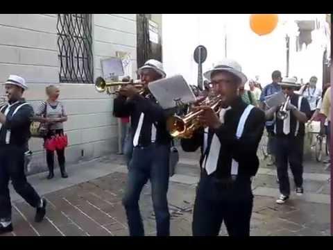 Parada par Tucc 2016, lo show della Banda larga