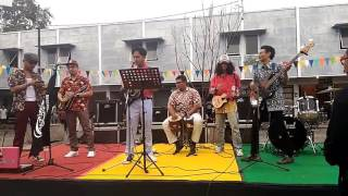 Reggae Round #1 :: Orkes Kampung Latar Jembar - Redemption Song