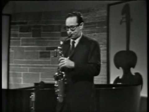 Video The Dave Brubeck Quartet - Take Five (live 1961) download in MP3, 3GP, MP4, WEBM, AVI, FLV January 2017