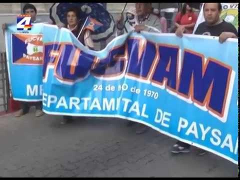 FUCVAM organizó Marcha de los Paraguas
