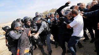 Ausschreitungen bei Zerstörung eines Beduinendorfs in Israel