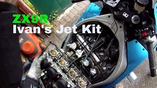 ZX9R {F} Ivan's jet kit. Part one, Removing the carbs.