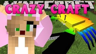 Minecraft - CRAZY CRAFT 3.0 - LITTLE KELLY ATTACKED BY GIANT CRAB