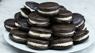 Cookies And Cream Macarons by Tasty