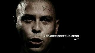 Ronaldo Fenômeno acabando com os melhores defensores do mundo......Hierro/ Puyol/ Thuram/ Nesta/ Maldini, etc.