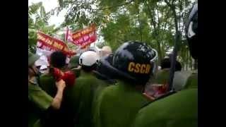 Cưỡng Chế đất - Lực lượng cảnh sát cơ động...