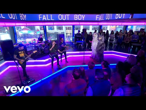 Fall Out Boy - Wilson (Expensive Mistakes) (Live On Good Morning America) (видео)