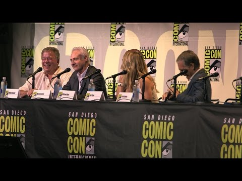 Star Trek: The Next Generation's Brent Spiner Did An Amazing Picard Impression At Comic-Con 2016