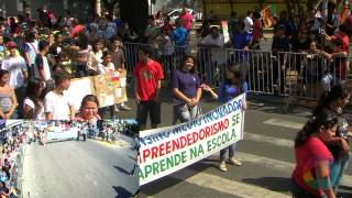 Escola Carlos Drummond - Alvorada 49 anos