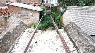 Video Jembatan KA Cimanuk (Leuwidaun) || Relnya menembus tembok warga || MP3, 3GP, MP4, WEBM, AVI, FLV Mei 2019
