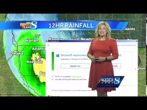 KCCI-TV Meteorologist has Windows 10 update live on the air!