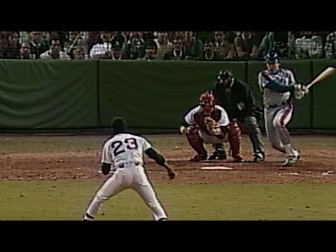 Video: WS1986 Gm3: Carter plates 2 runs to pad Mets' lead
