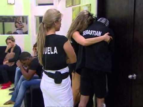 elianis garrido - Capitulo Domingo 22 de Julio de 2012 - Protagonistas de Nuestra Tele Elianis Garrido ha sido expulsada de la competencia por agresion fisica a Oscar Naranjo,...
