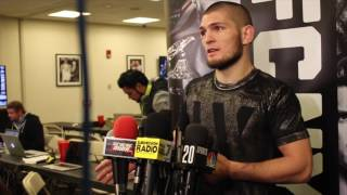 Video Khabib Nurmagomedov reveals he told Michael Johnson to give up during UFC 205 bout MP3, 3GP, MP4, WEBM, AVI, FLV Oktober 2018