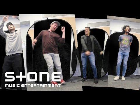 Moon & Bouncers - IntroutrO MV - Thời lượng: 3 phút, 5 giây.